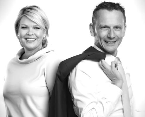 Britta Thiele-Klapproth, Leiterin des Swiss Hub Germany, die offizielle Wirtschaftsförderung der Schweiz in Deutschland und Andy Fitze, Pionier in Sachen Künstliche Intelligenz (KI) und Mitgründer der Firma SwissCognitive